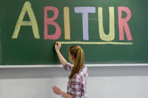 Lehrer-wollen-zurueck-zum-Abi-nach-13-Jahren_ArtikelQuer